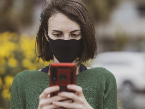 Unlock Your iPhone While Wearing a Mask With These 7 Steps!