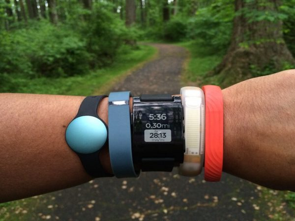 Smartwatch or Fitness Band – Which Should You Go For?